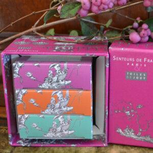 toile-de-jouy-3-savonnettes-coffret-luxe-rose