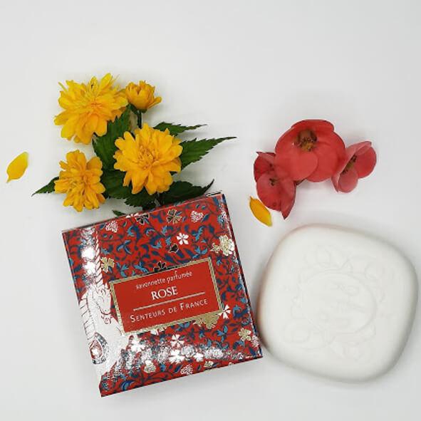 savonnette parfum de Grasse rose thème moyen âge licorne