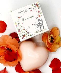 Mini-savon parfumé à la rose